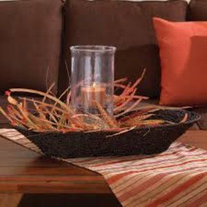 Signature Homestyles Oval Tray Basket - NWT